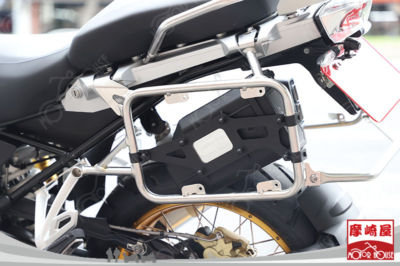 BMW-R1250GS-ONEDESIGN-GIVI-ORTLIEB-TANAX